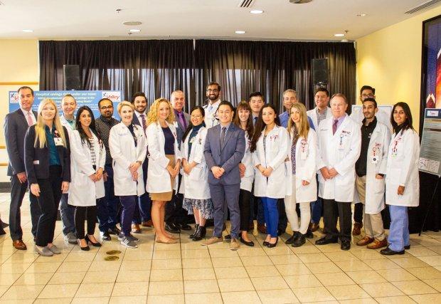 Médicos residentes deValley Hospital organizan simposio de investigación